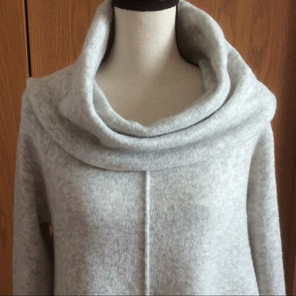 a0da7d4c9a Ruby Moon Oversized Cowl Sweater. M 5abe75428290af1aab0ad3cd